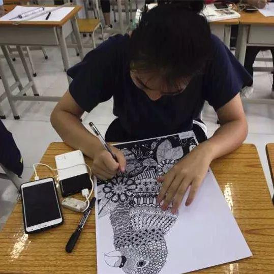 校园资讯 ? 第四届学生技能绘画比赛